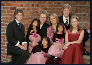 (Left to right Will Franklin, Maria, Steven, Shaoey, Mary Beth, Stevey Joy, Caleb and Emily)